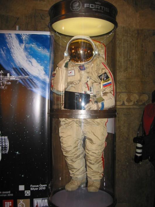 Kosmonaut v životní velikosti - prezentace Fortis