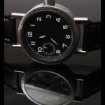 S hodinkami si kupujete pečlivou, převážně ruční práci.