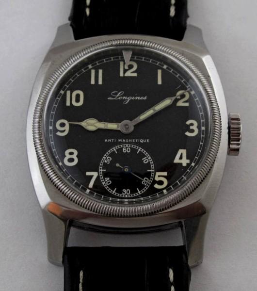 Longines MVS - hodinky našich pilotů se proslavily za druhé světové války.