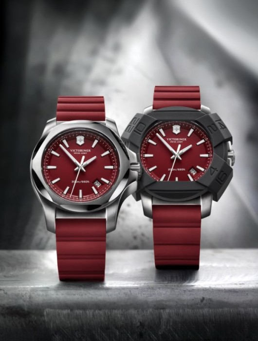 Victorinox INOX Red