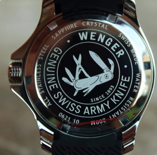 Wenger Sea Force – dýnko podává kompletní informace o hodinkách.