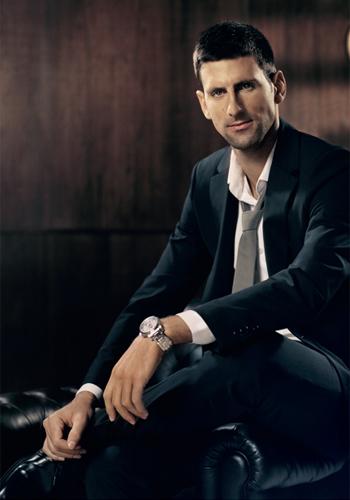 Jak by asi vypadalo, kdyby měl Novak Djokovich místo originálních Seiko Astron nějaké repliky